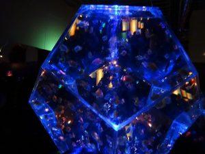 プリズリウム三稜鏡水槽